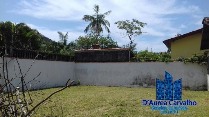 Casa para Venda em Caraguatatuba / SP no bairro Massaguaçu